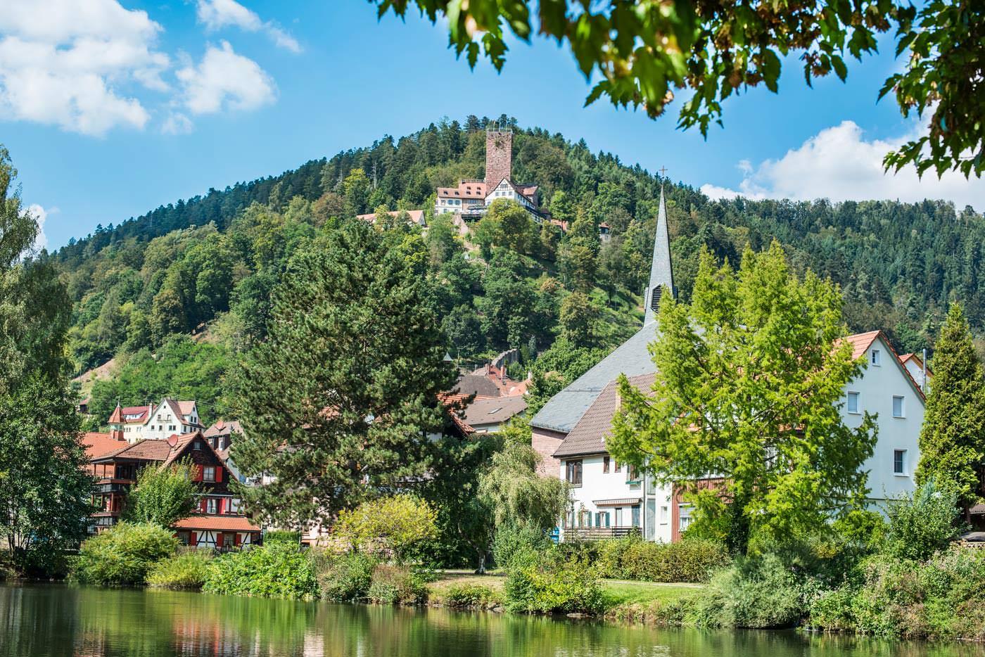 Burg Bad Liebenzell Sommer